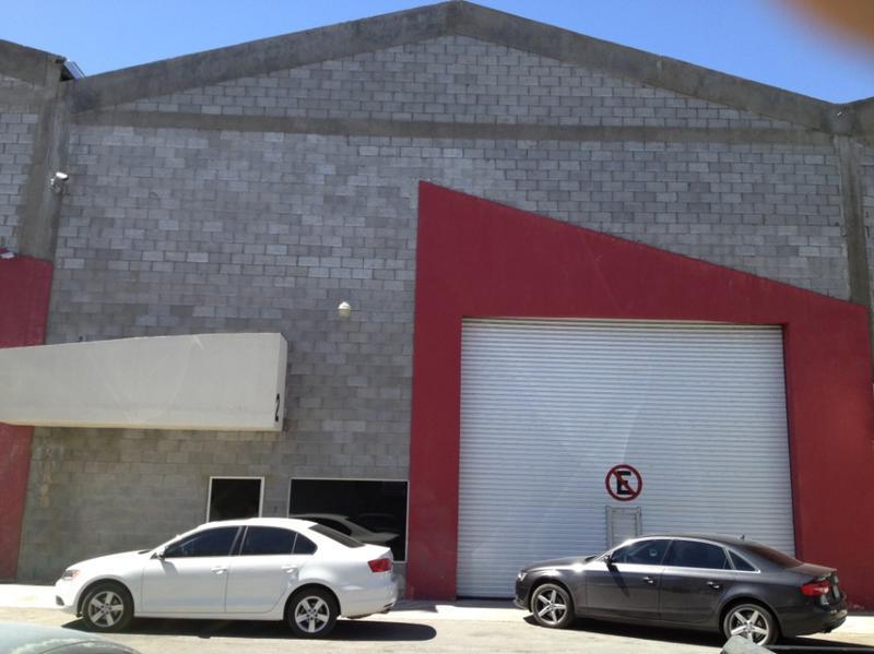 Foto Bodega Industrial en Renta en  Las Granjas,  Chihuahua  Bodega Industrial