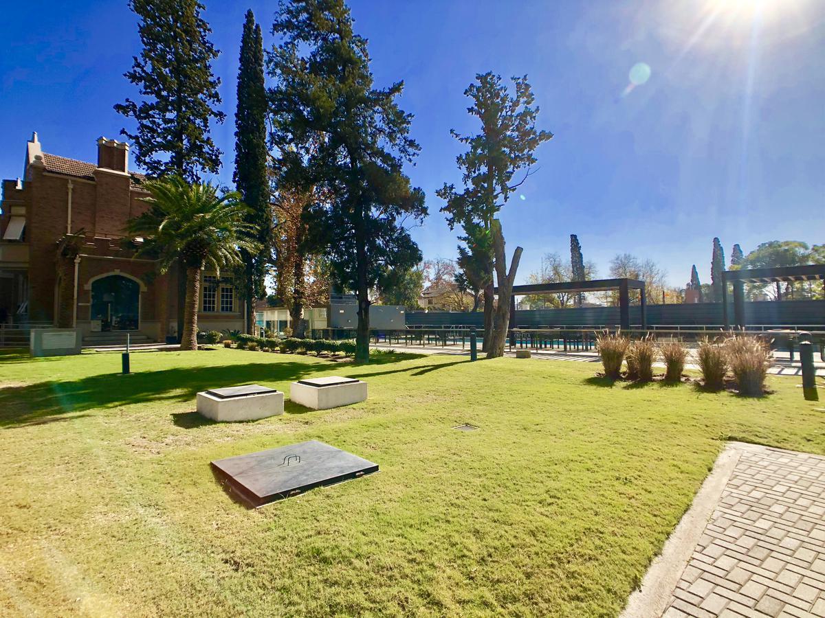 Foto Departamento en Alquiler en  Bajo Palermo,  Cordoba Capital  ALQUILER TEMPORAL - Complejo cerrado Opera Luxury con Amenities - 2 dorm - Cochera - Amobablado