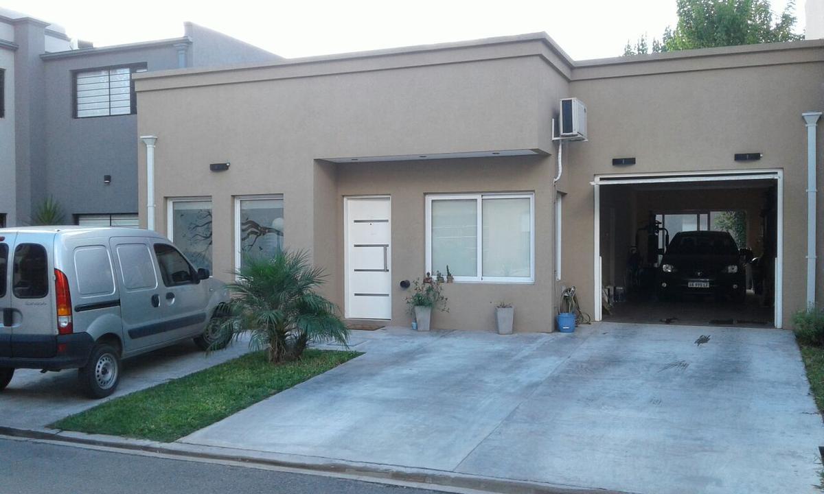 Foto Casa en Venta en Alsina al 4100, G.B.A. Zona Oeste | Ituzaingo | Countries/B.Cerrado