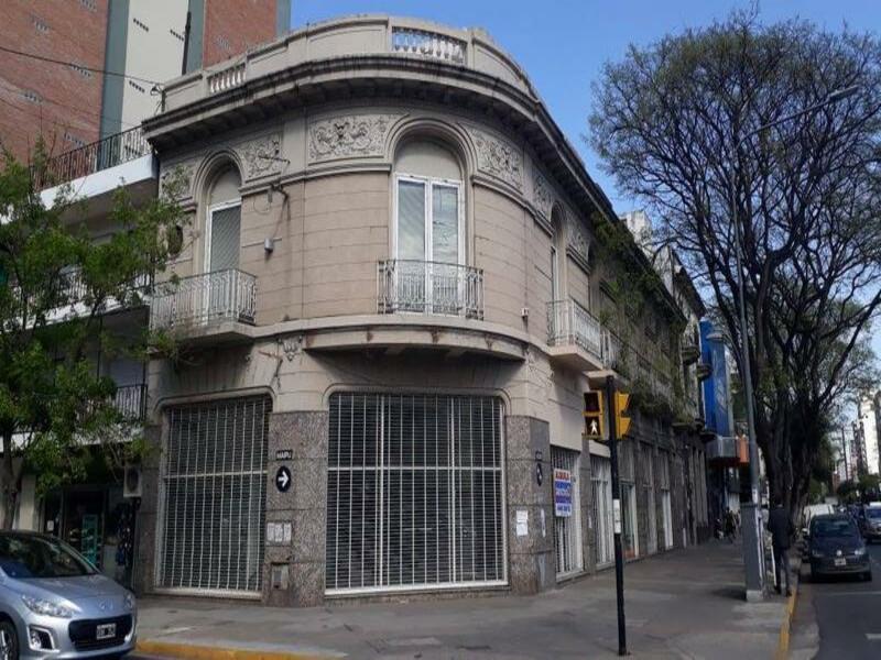 Foto Local en Alquiler en  Centro,  Rosario  Av. Pellegrini al 900