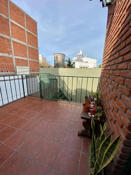 Foto Casa en Venta en  La Plata ,  G.B.A. Zona Sur  37 entre 26 y 27