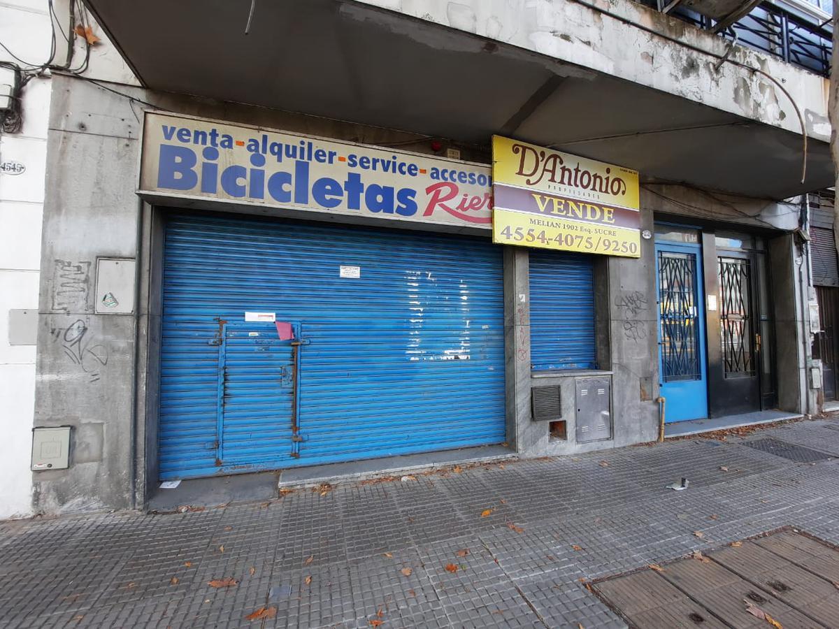 Foto Local en Venta en  Agronomia ,  Capital Federal  San Martin al 4500