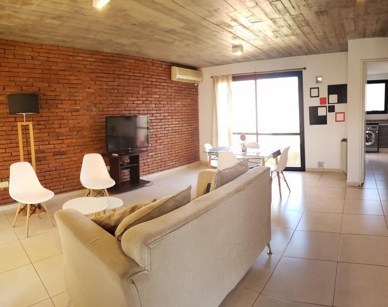 Foto Casa en Venta en  Claros del Bosque,  Countries/B.Cerrado (Cordoba)  Claros del Bosque - Duplex 2 dorm, 2 bños, Pileta c/ Renta $ 32000!