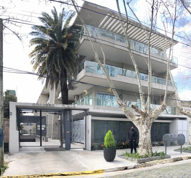 Foto Departamento en Venta en  Adrogue,  Almirante Brown  CORDERO 751, e/Spiro y Nother