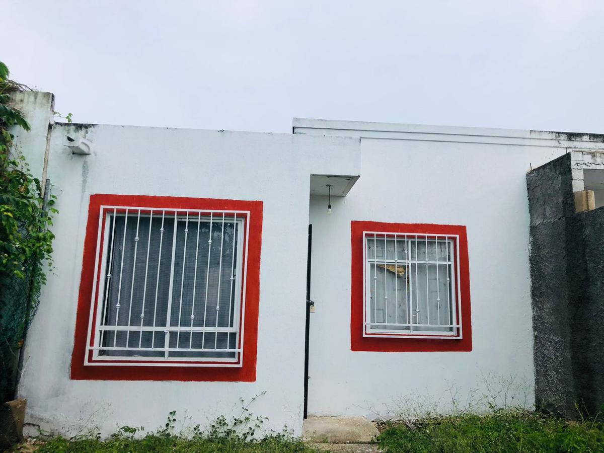 Foto Casa en Venta en  Vista Real,  Cancún  vista real