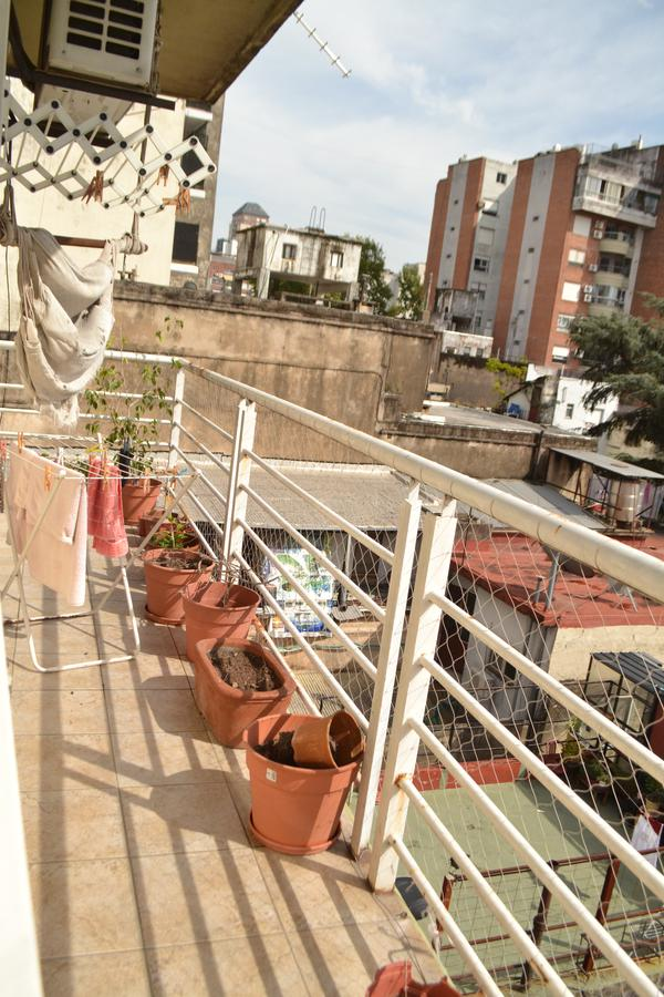Foto Departamento en Venta en  Almagro ,  Capital Federal  Peron al 3400