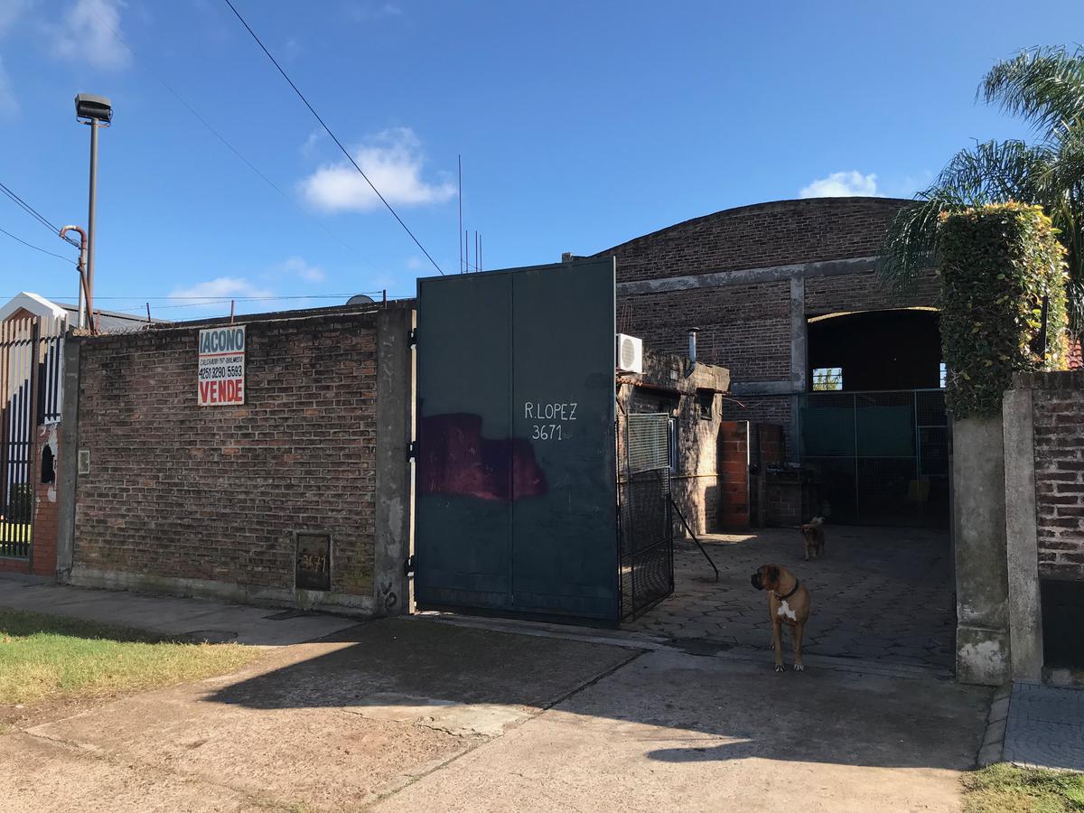Foto Galpón en Venta en  Quilmes Oeste,  Quilmes  Rodolfo Lopez 3671 entre Av. General Mosconi y  Aime Tschiffely
