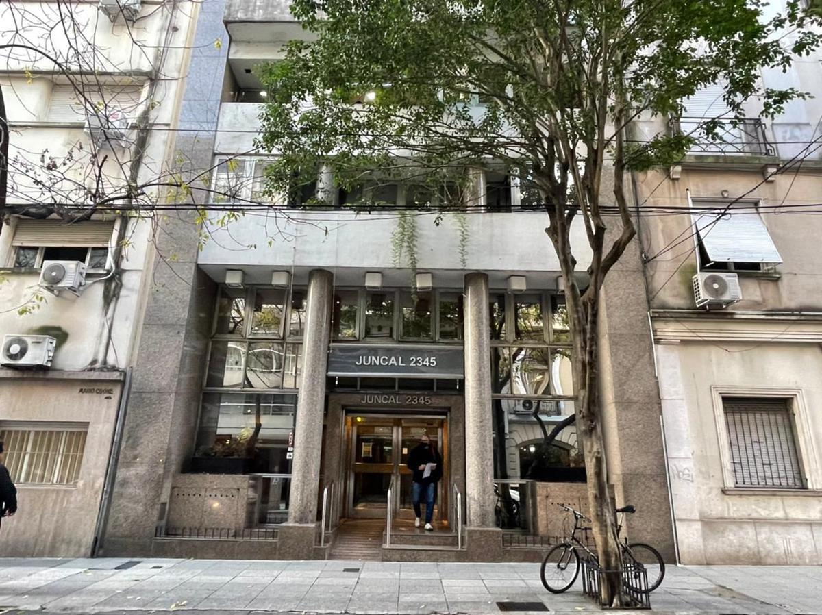 Foto Oficina en Venta en  Recoleta ,  Capital Federal  Juncal al 2300