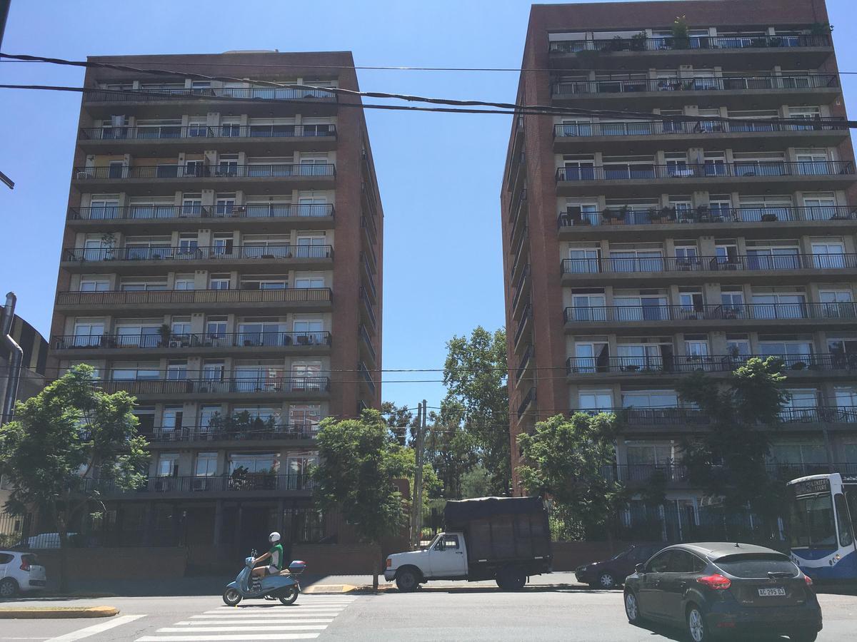 Foto Departamento en Venta en  Beccar-Vias/Libert.,  Beccar  Avenida Centenario al 1900