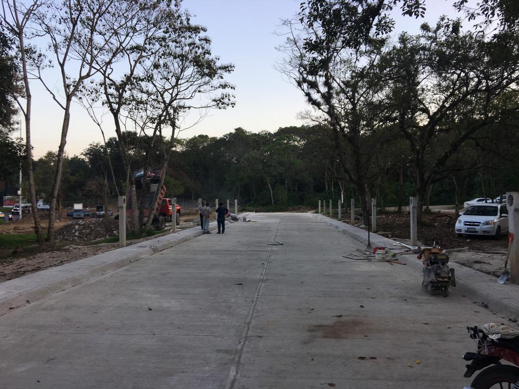 Foto Terreno en Venta |  en  Fraccionamiento San José,  Coatepec  TERRENO EN VENTA EN COATEPEC VER, L5 M3, 141.96 M2