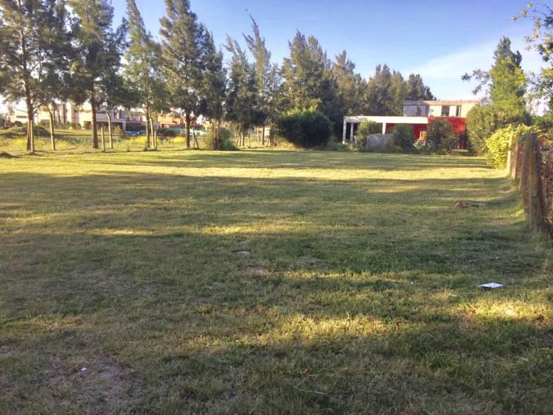 Foto Terreno en Venta en  Santa Catalina,  Villanueva  BOULEVARD TODOS LOS SANTOS al 100