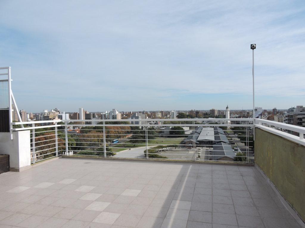 Foto Departamento en Venta en  Centro,  Rosario  Venta - Piso exclusivo 2 dormitorios con cochera y amenities frente al Mercado del Patio