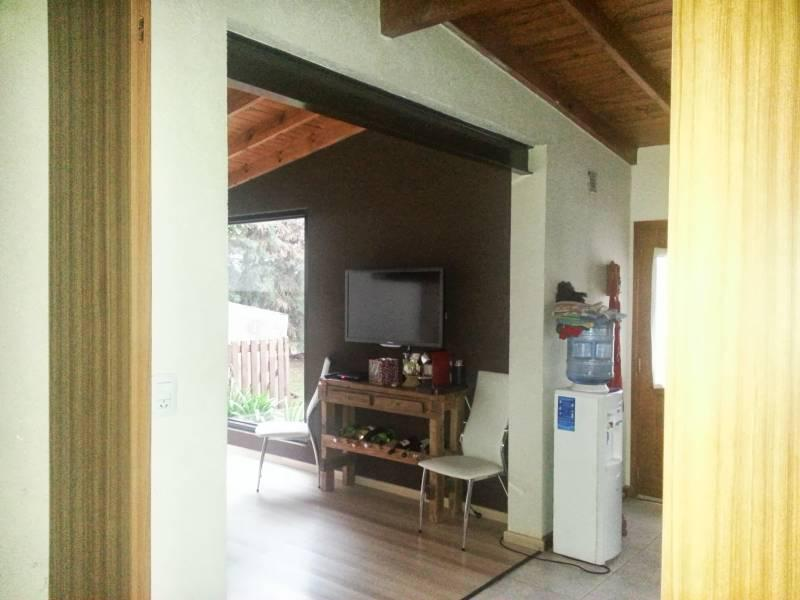 Foto Casa en Venta en  Acacias Blancas,  Countries/B.Cerrado (Escobar)  Aconcagua 300