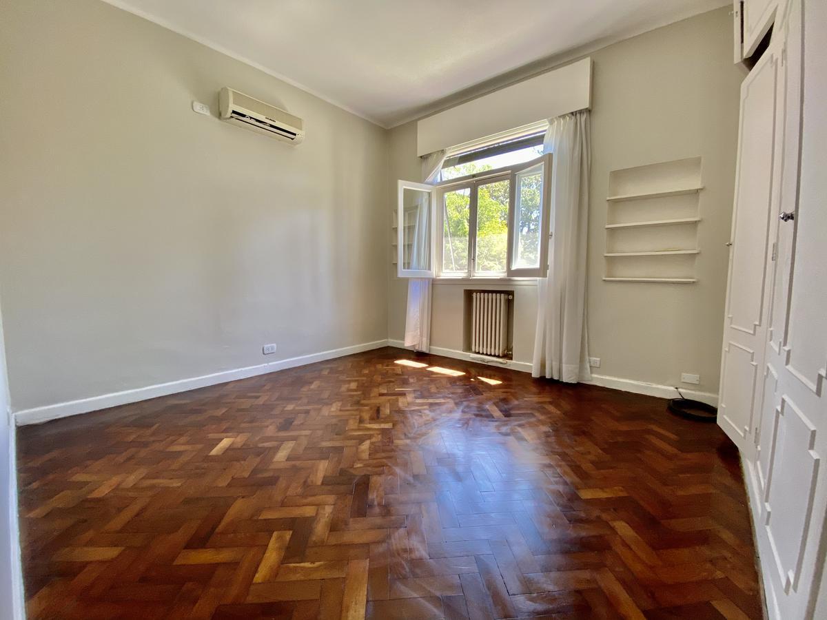 Foto Casa en Venta | Alquiler en  Martinez,  San Isidro  Muñíz  al 800
