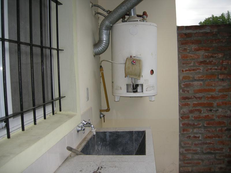 Foto Departamento en Alquiler en  Esc.-Centro,  Belen De Escobar  Hipolito Irigoyen 969