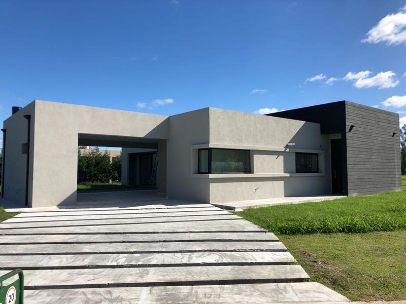 Foto Casa en Venta en  Santa Juana,  Canning  Venta - Casa en Santa Juana