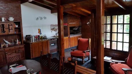 Foto Casa en Venta en  Lanús Oeste,  Lanús  RESISTENCIA 1400