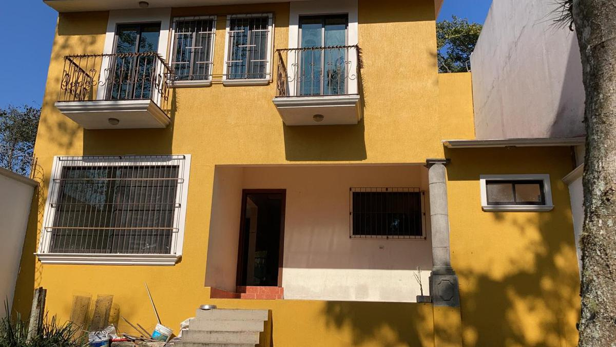Foto Casa en Renta en  Coatepec ,  Veracruz  Casa en renta ,con jardín.  Fraccionamiento San José,  Coatepec.