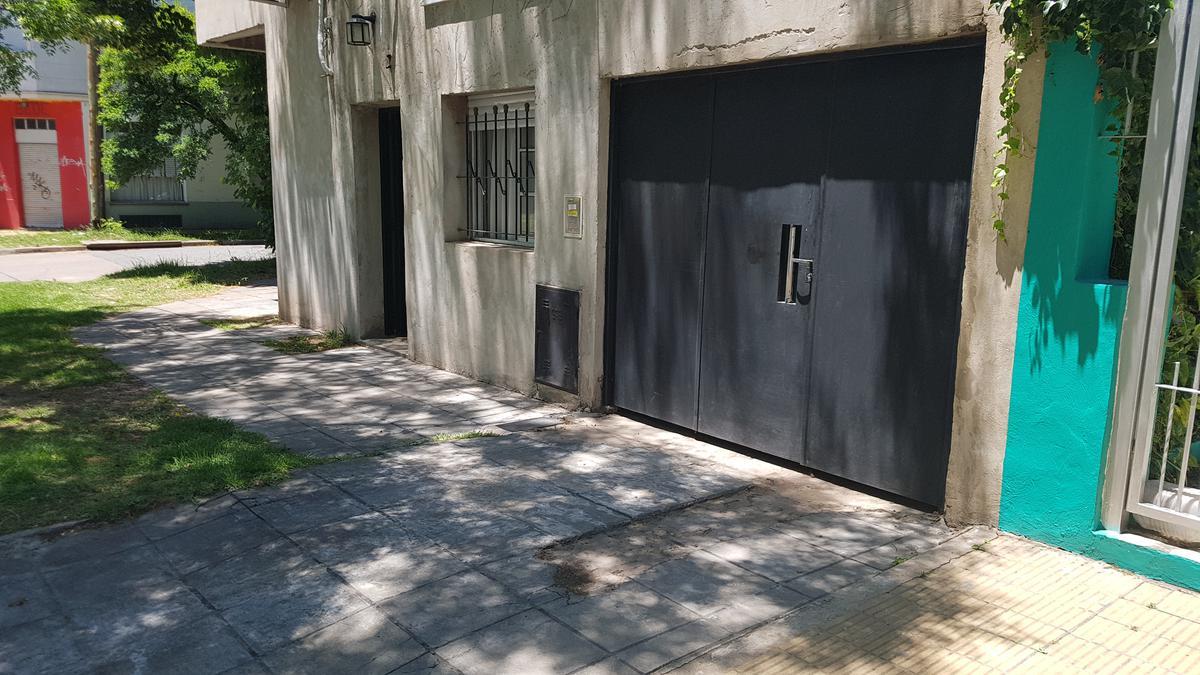 Foto Casa en Venta en  Tolosa,  La Plata  32 y 118