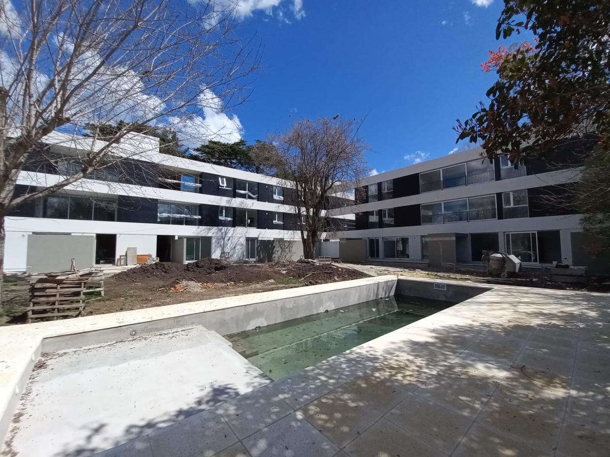 Foto Departamento en Venta en  City Bell,  La Plata  Departamento 3 Dormitorios - Cantilo y 17, City Bell