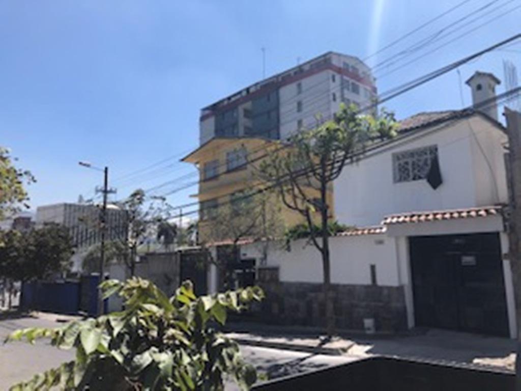Foto Local en Alquiler en  La Mariscal,  Quito  Local, sector La Católica