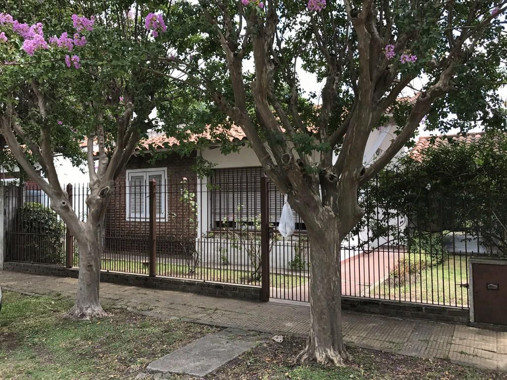 976e8992e83 GARCIA Propiedades - Casa en Venta en San Antonio De Padua - DRUMONT ...