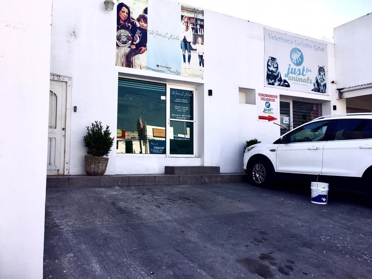 Foto Local en Renta en  Cumbres 3er Sector,  Monterrey  Cumbres 3er Sector