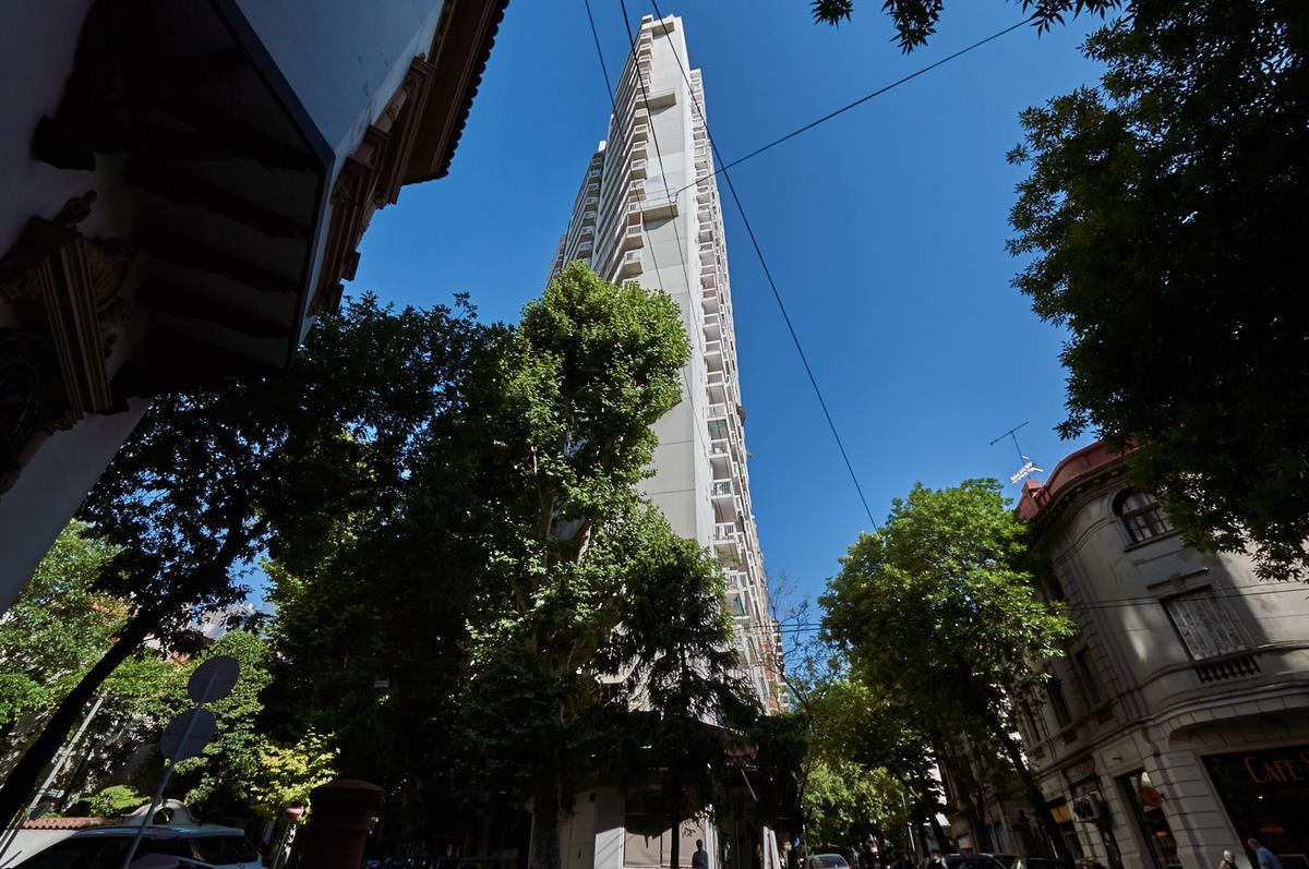 Foto Departamento en Venta en  Belgrano Barrancas,  Belgrano  O'Higgins al 2100