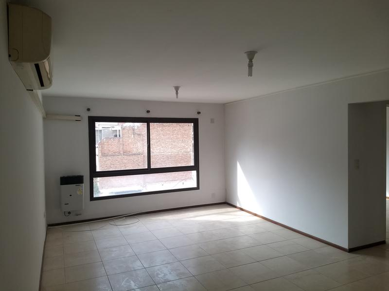 Foto Departamento en Venta en  Nueva Cordoba,  Capital  Av. Velez Sarsfield al 900