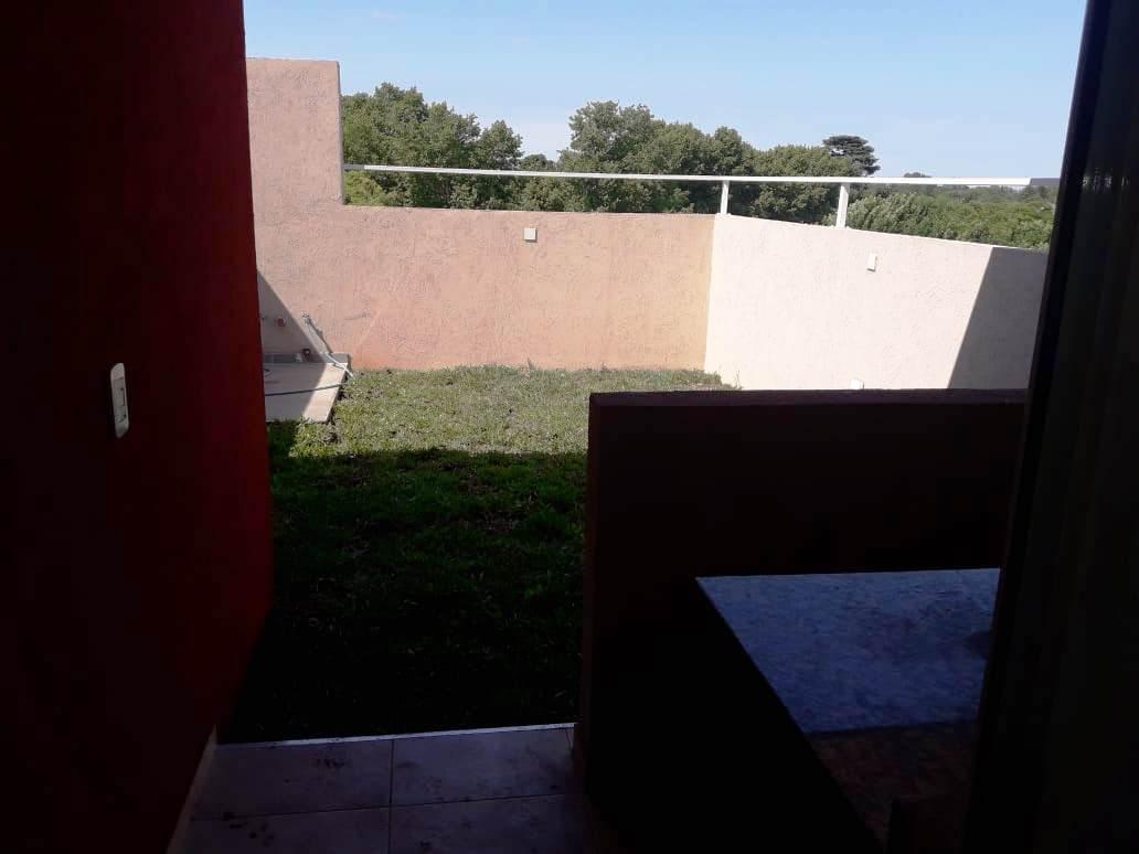 Foto Departamento en Venta | Alquiler en  Adrogue,  Almirante Brown  Nother 1122 3º Duplex B