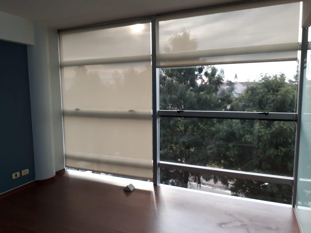 Foto Oficina en Alquiler en  Pilar,  Pilar  Polo Uno