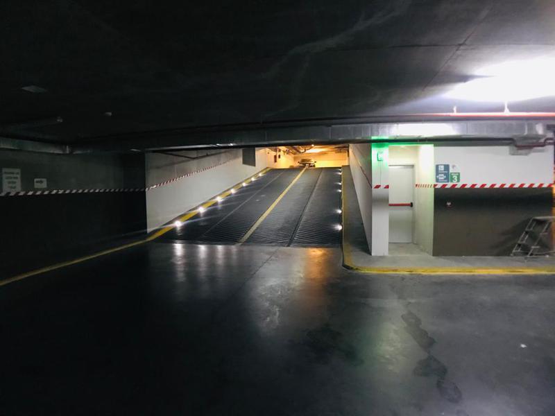 Foto Cochera en Venta en  Balvanera ,  Capital Federal  Rivadavia al 2300