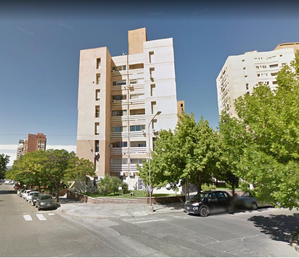 Foto Departamento en Alquiler en  Área Centro Este ,  Capital  Santa Fe al 700