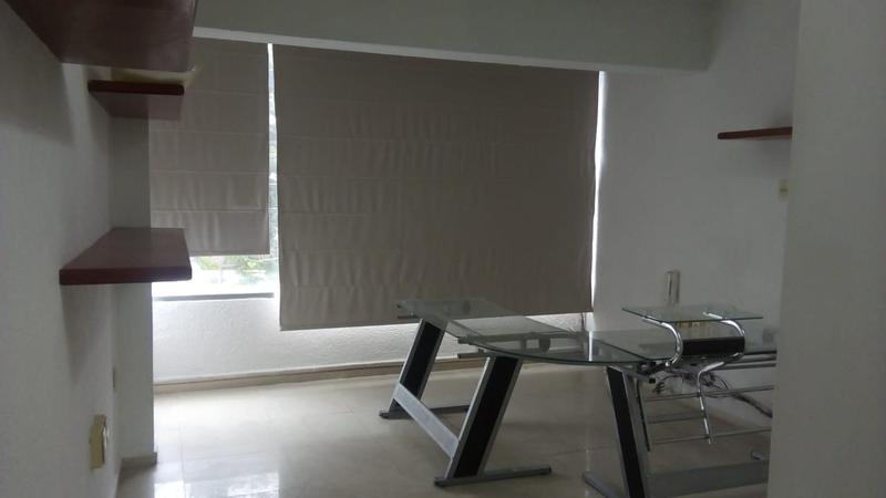 Foto Oficina en Renta en  Reforma,  Veracruz  FRACC. REFORMA, Oficina en RENTA de 27 m2 amueblada sobre Bolívar
