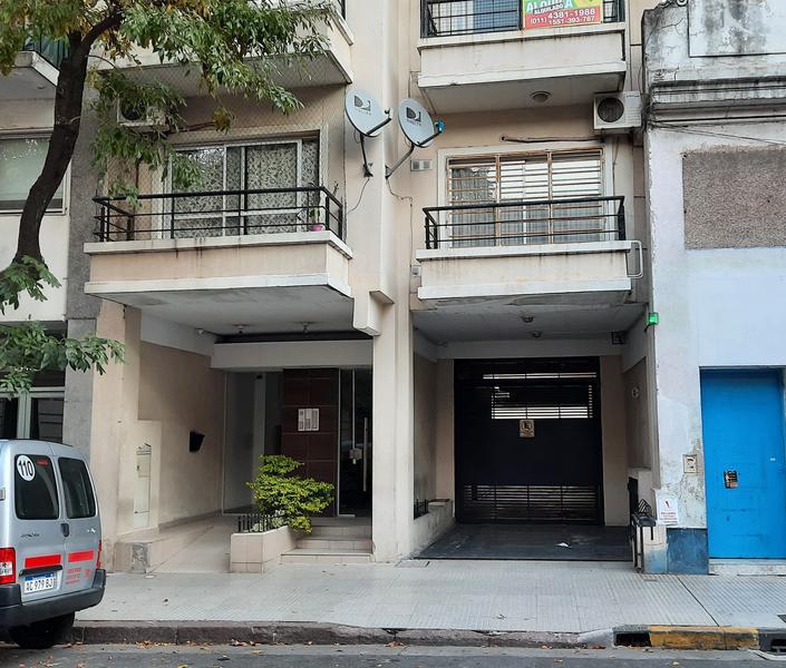 Foto Departamento en Venta en  Monserrat,  Centro (Capital Federal)  Chile al 1300, piso 6