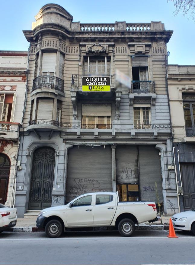 Foto Casa en Alquiler en  Centro (Montevideo),  Montevideo  Andes esq Mercedes