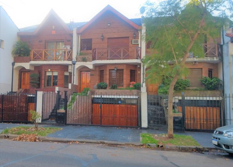 Foto Casa en Venta en  Olivos-Maipu/Uzal,  Olivos  ENTRE RIOS al 1900
