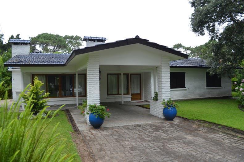 Foto Casa en Venta | Alquiler temporario en  San Rafael,  Punta del Este  San Rafael
