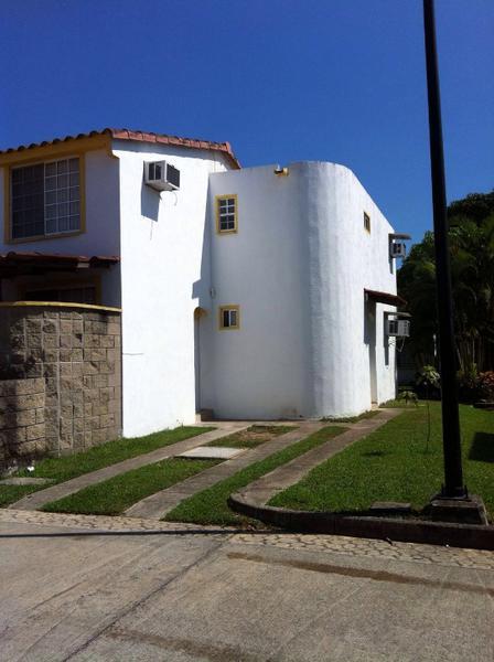 Foto Casa en Renta en  Fraccionamiento Residencial Real Campestre,  Altamira  Casa en renta