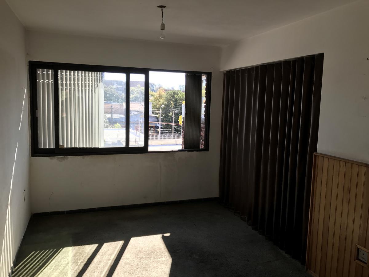Foto Apartamento en Alquiler en  Prado Nueva Savona ,  Montevideo  Millan e Instrucciónes - 3 dorm y cochera