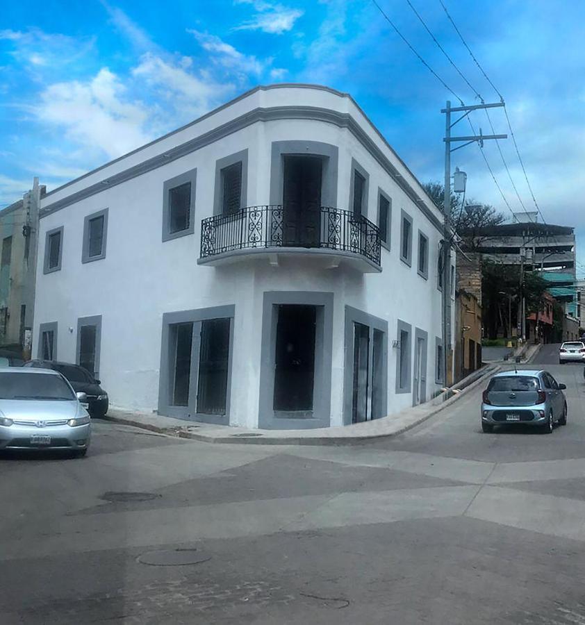 Foto Edificio Comercial en Renta en  Guanacaste,  Tegucigalpa  Local Comercial en Renta, Bo Guanacaste, Tegucigalpa