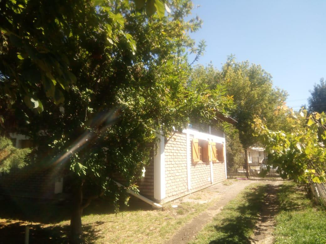 Foto Casa en Alquiler en  Los Abedules,  El Bolson  RR3809