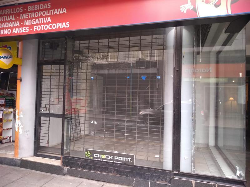 Foto Local en Venta en  San Miguel De Tucumán,  Capital  Crisóstomo 548/554