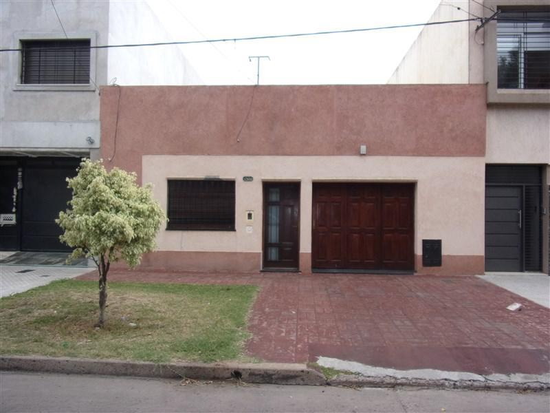 Foto Casa en Venta en  Azcuenaga,  Rosario  SAN LUIS 5360