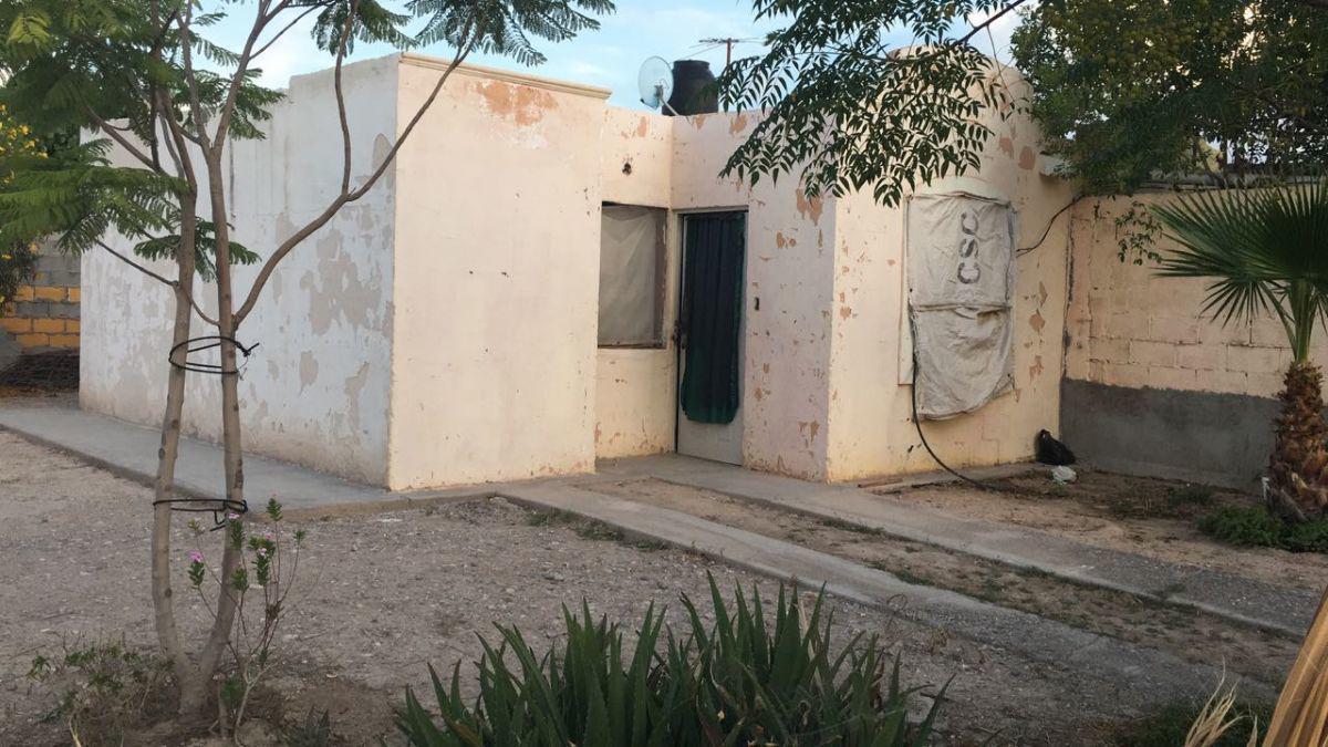 Foto Casa en Venta en  IV Centenario,  Durango   AV PRIMER CENTENARIO al 100