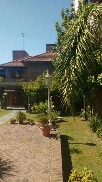 Foto Casa en Venta en  La Plata ,  G.B.A. Zona Sur  36 entre 24 y 25