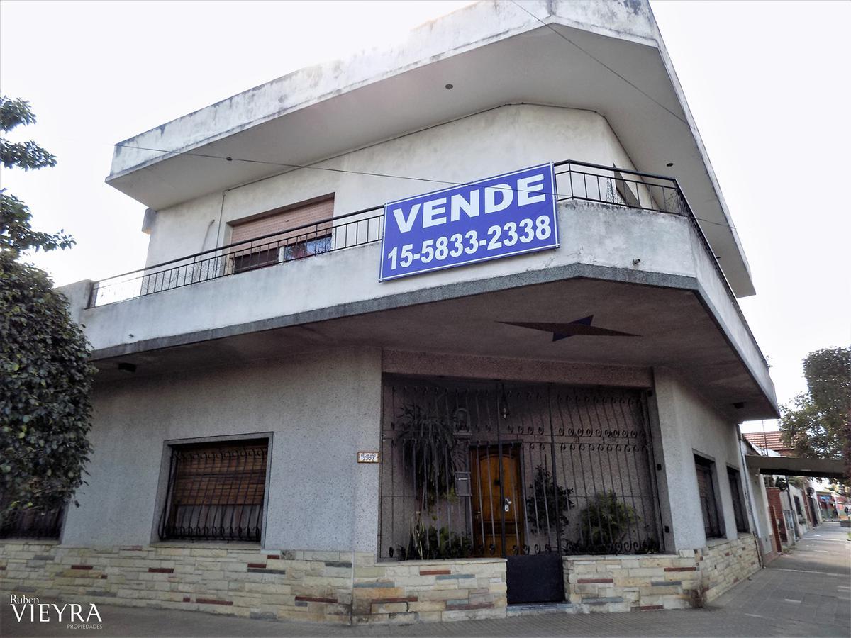 Foto PH en Venta en  Caseros,  Tres De Febrero  Belgrano al 3300
