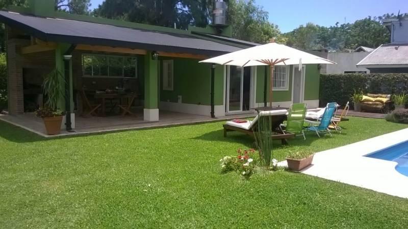 Foto Casa en Venta en  Benavidez,  Tigre  Perna al 3000