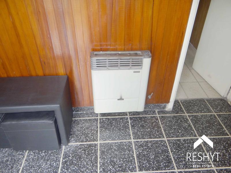 Foto Casa en Venta en  J.Ingenieros,  Ciudadela  PUEYRREDON al 3800 - CIUDADELA