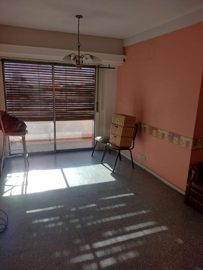 Foto Departamento en Alquiler en  Avellaneda ,  G.B.A. Zona Sur  Montes de Oca 75, Piso 7º, Depto A